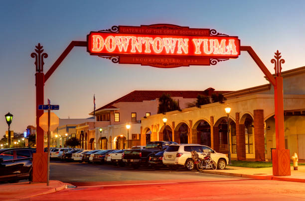 yuma, arizona - arizona highway signs stockfoto's en -beelden