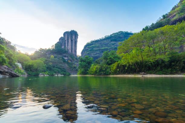 Yunvfeng, Montaña Wuyi, Provincia de Fujian, China - foto de stock