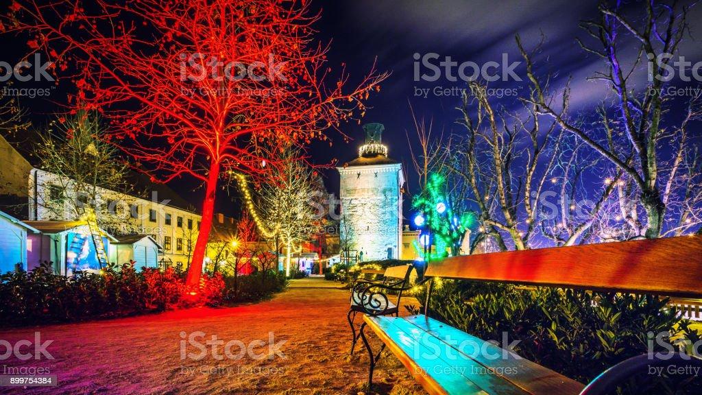 Weihnachten In Kroatien.Zagreb Kroatien Kirche Weihnachten Advent Winter Nacht Stockfoto Und