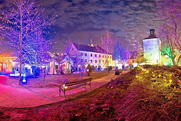 zagreb upper town christmas market evening view - adventgeschichte stock-fotos und bilder