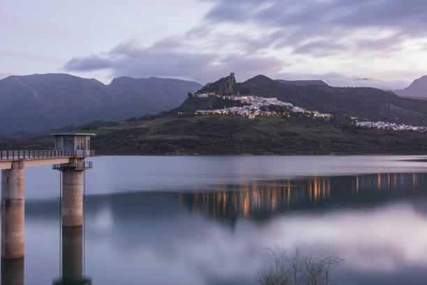 Zahara de la Sierra Reservoir - foto de stock