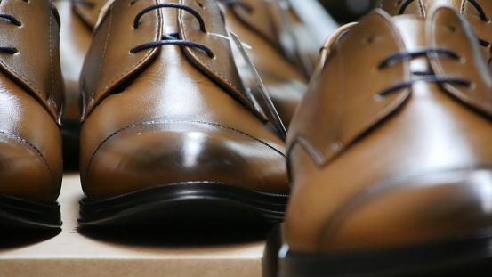 Zapatos De Hombre Y Zapatos De Mujer Stock Photo Download