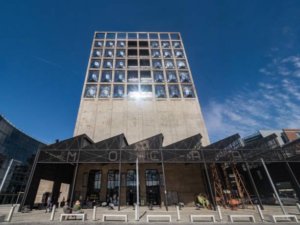Zeitz Museum der zeitgenössischen Kunst Afrika - MOCAA befindet sich in in eine reinkarnierte Getreidesilo in Kapstadt, Südafrika – Foto