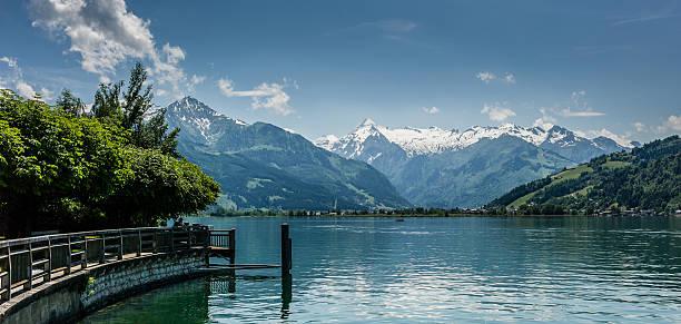 Zell am See mit Blick auf den See in Kitzsteinhorn – Foto