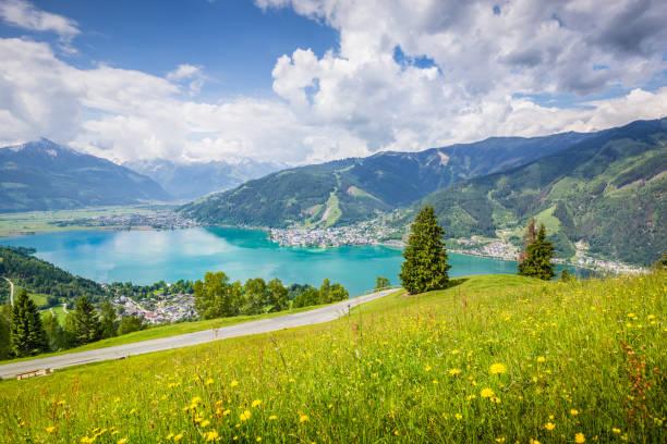 zell am see, bundesland salzburg, österreich - salzburg stock-fotos und bilder