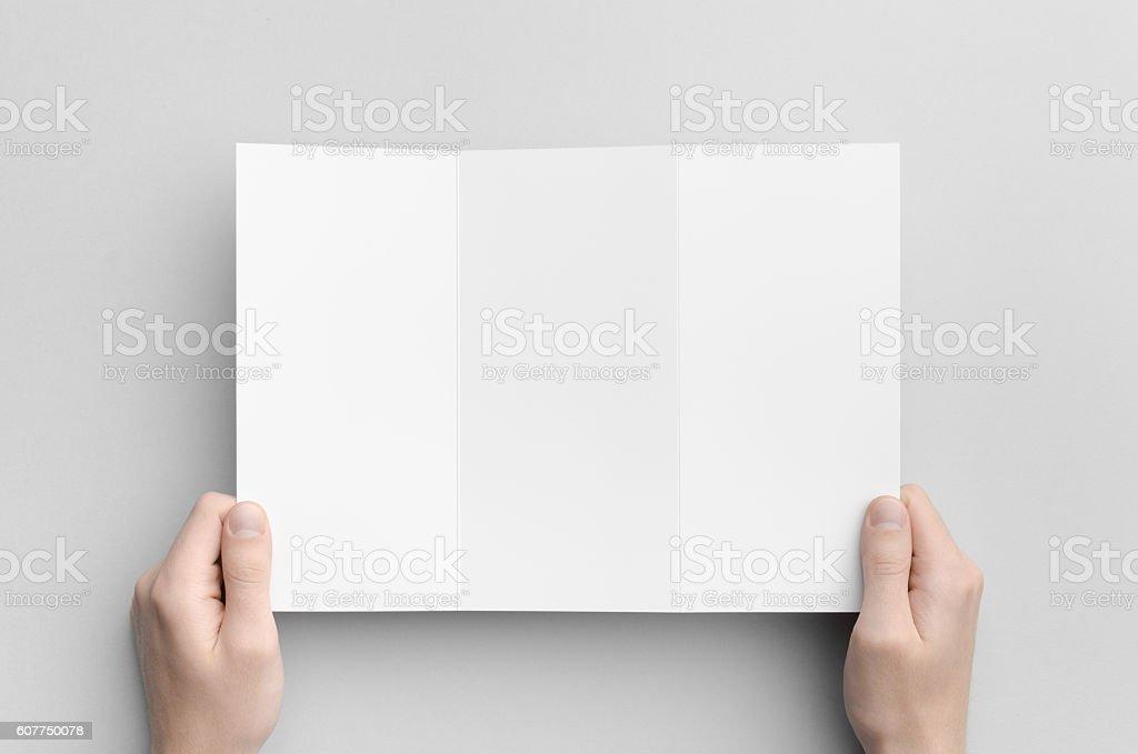 A4 Zfold Brochure Mockup Stockfoto 607750078 | iStock