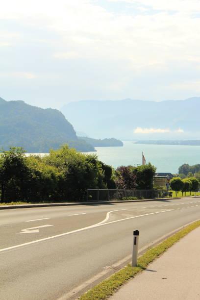 Ziel Straße zum See ziel stock pictures, royalty-free photos & images