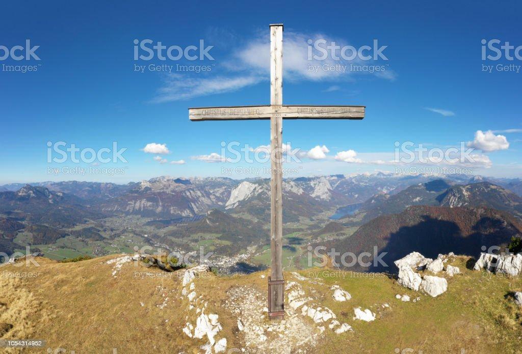 Zinken Gipfelkreuz mit Panorama Ausseerland, Bad Aussee, Österreichische Alpen, Salzkammergut, Österreich – Foto