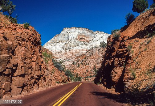 Zion National Park - Park Road - 1998. Scanned from Kodachrome slide.