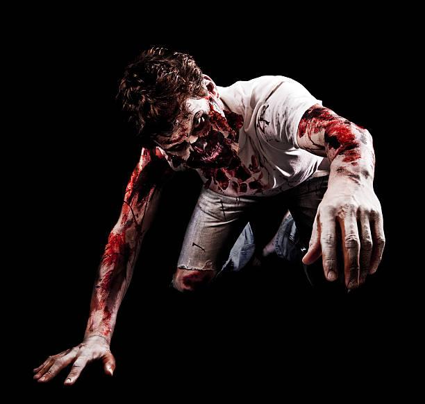 zombie llegar a hacia la cámara - monstruo fotografías e imágenes de stock