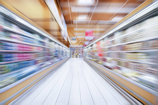 Zoom blurred shop store shelf, abstract - foto stock