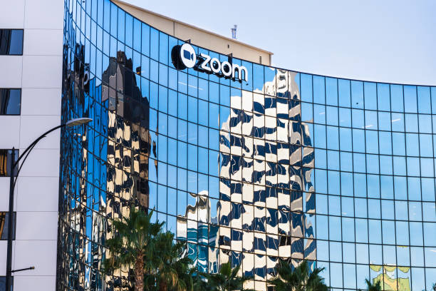 Zoom corporate headquarters in San Jose, Silicon Valley September 3, 2019 San Jose / CA / USA - Zoom corporate headquarters in Silicon Valley; Zoom Video Communications is a company that provides remote conferencing services using cloud computing zoom stock pictures, royalty-free photos & images