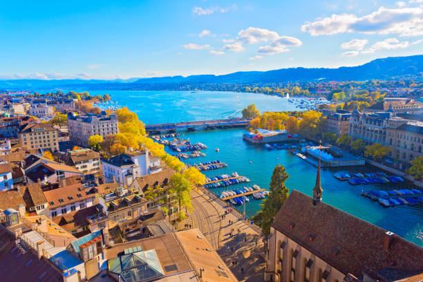 Zürich, Schweiz Blick auf Zürich, Schweiz limmat river stock pictures, royalty-free photos & images