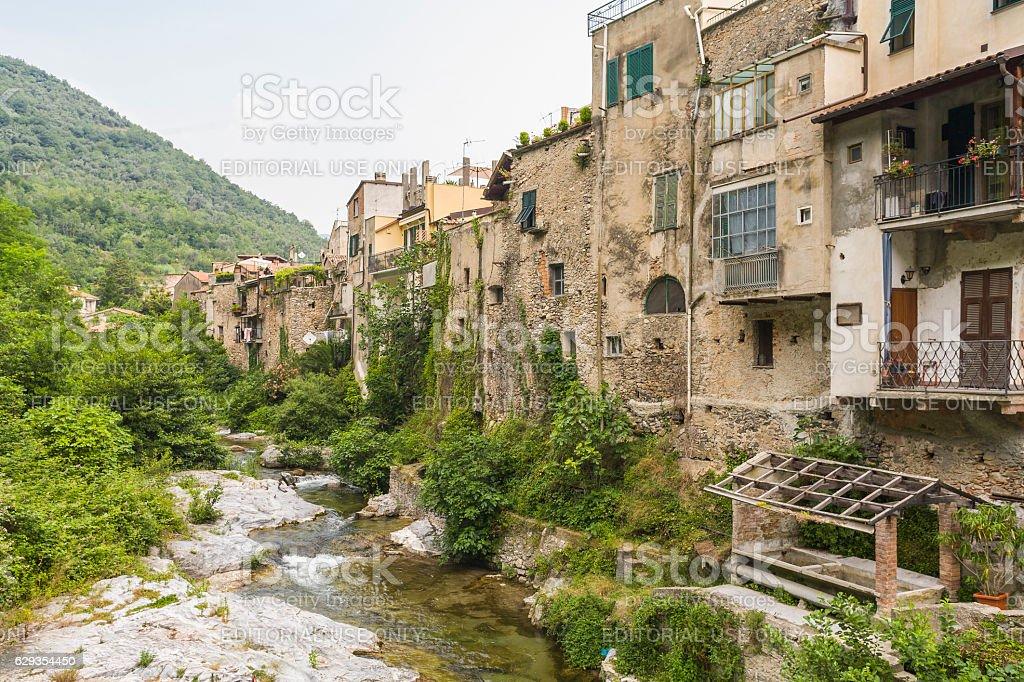 Zuccarello, Liguria, Italy. Building facades on the river Neva - foto stock