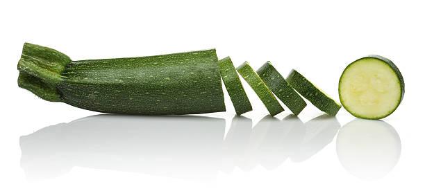 zucchini scheiben - gefüllte zucchini vegetarisch stock-fotos und bilder