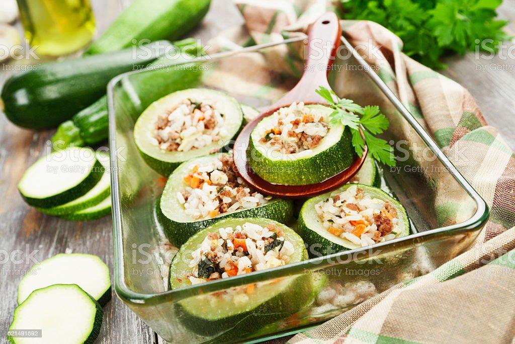 Zucchine e riso con carne foto stock royalty-free