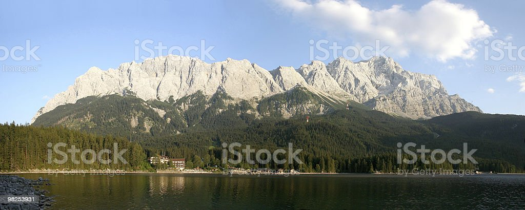Zugspitze und Eibsee royalty-free stock photo