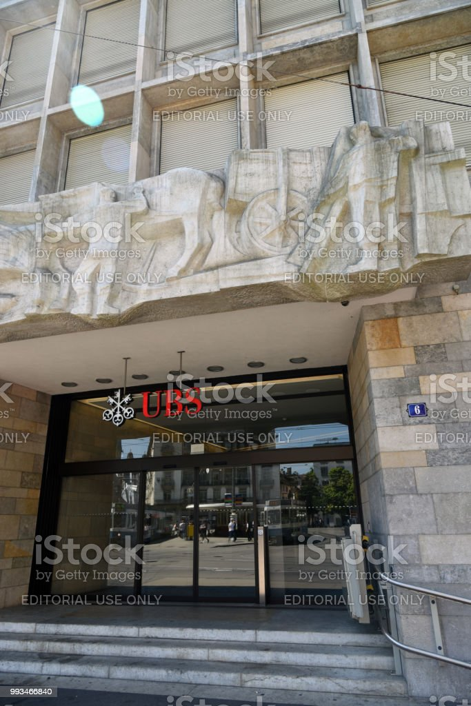 Ubs Zurich Headquartes Stock Photo - Download Image Now - iStock