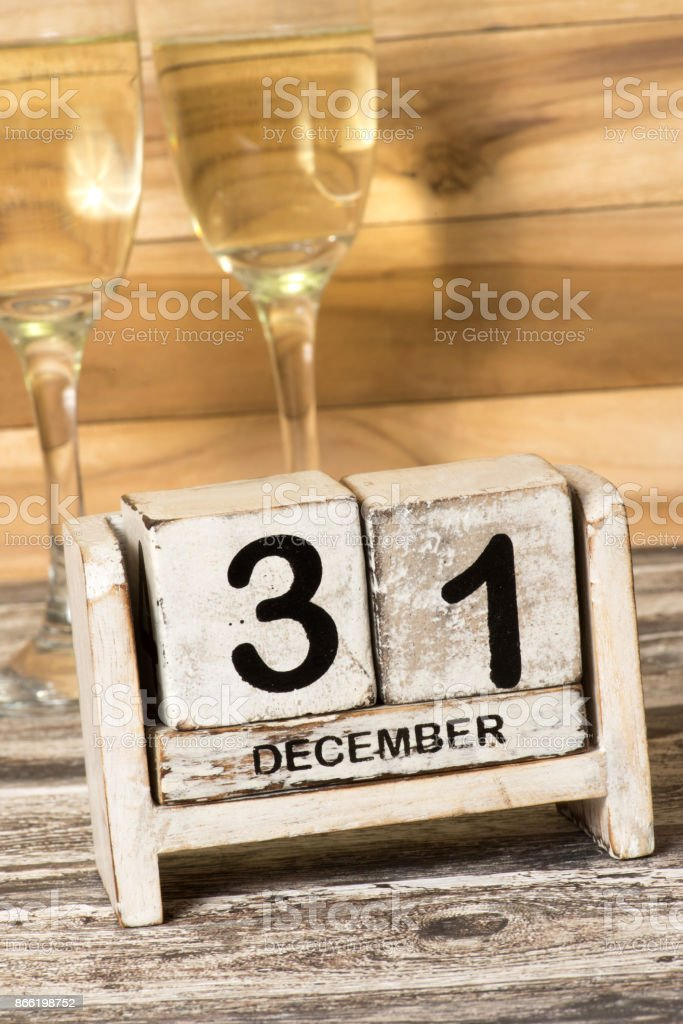 Zwei Champagner Glas und Silvester 31 Dezember stock photo