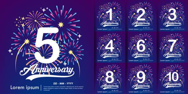 bildbanksillustrationer, clip art samt tecknat material och ikoner med 5-årsjubileum och uppsättning vita årsdagen logotyp med färgglada fyrverkerier bakgrund. vektor illustration mall design för webb, flygblad, affisch, firande gratulationskort & inbjudningskort - årsdag