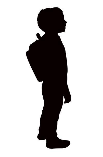illustrations, cliparts, dessins animés et icônes de un garçon étudiant avec sac, silhouette vecteur - école primaire