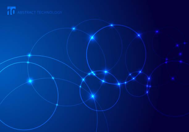 abstrakte kreise und punkte mit überlappung auf blauem hintergrundtechnik-stil. zukunftskonzept. knodenmolekül-struktur. wissenschaft und verbindung. banner-web mit kopierplatz für text. - laservorlagen stock-grafiken, -clipart, -cartoons und -symbole
