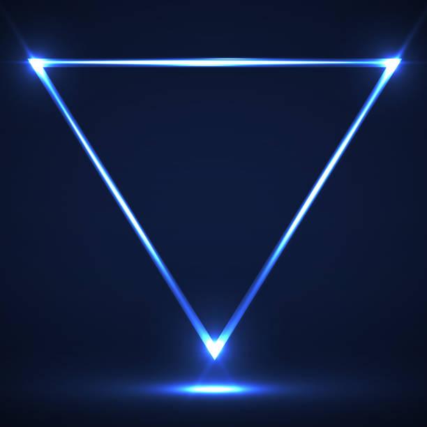 stockillustraties, clipart, cartoons en iconen met abstracte neon driehoek met gloeiende lijnen - driehoek