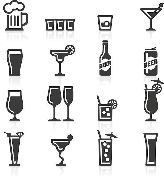 иконки алкогольных напитков - напиток stock illustrations