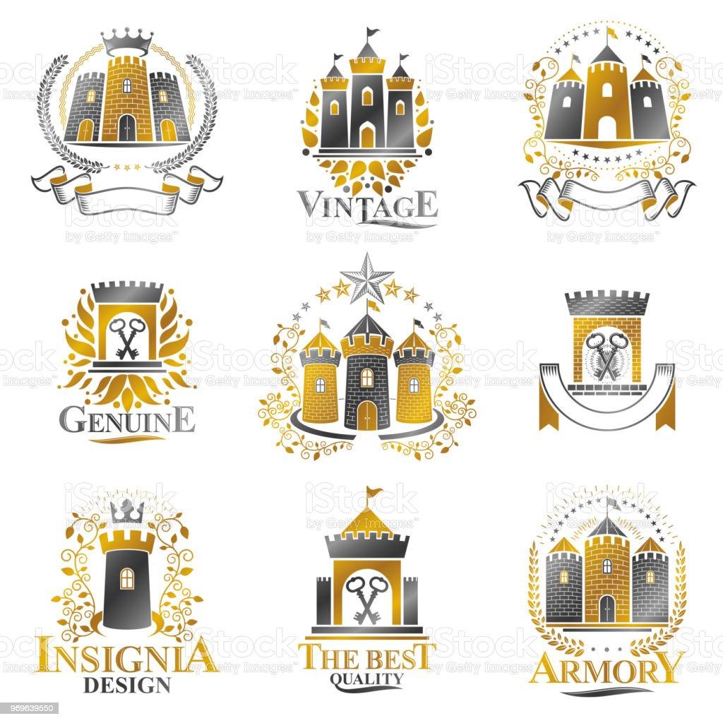 Conjunto de emblemas antigos castelos. Heráldica brasão decorativo assina coleção de ilustrações vetor isoladas. - ilustração de arte em vetor