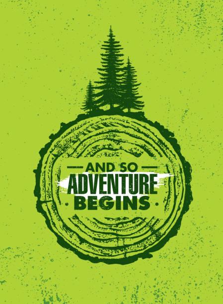 ilustrações, clipart, desenhos animados e ícones de e assim começa a aventura. conceito de motivação criativa de caminhada floresta de montanha. vector design exterior sobre fundo áspero angustiado - atividades ao ar livre