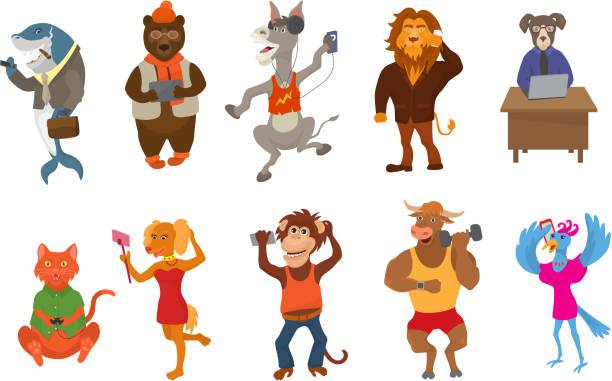 tiere-gadget vektor animalische cartoon charakter geschäftsmann bär katze oder hund halten handy oder kamera für selfie abbildung reihe von löwen oder affe mit laptop oder isoliert auf weißem hintergrund - tierfotografie stock-grafiken, -clipart, -cartoons und -symbole