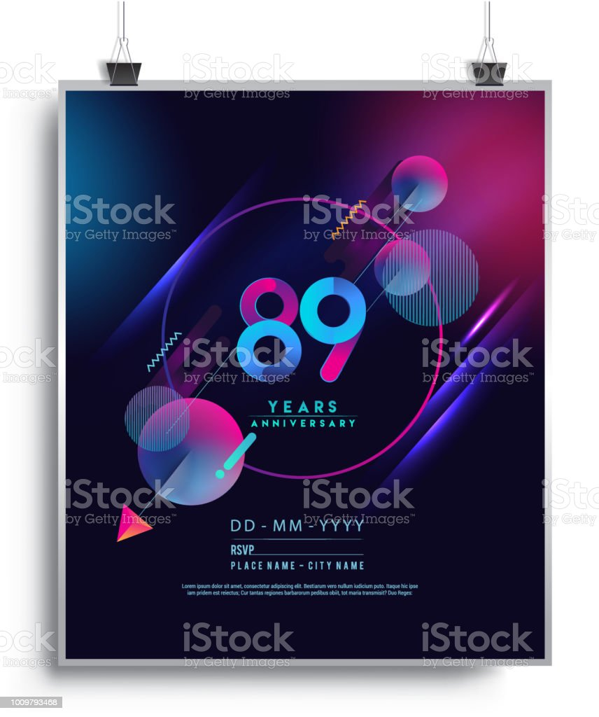 Aniversario de diseño con fondo colorido abstracto geométrico. - ilustración de arte vectorial