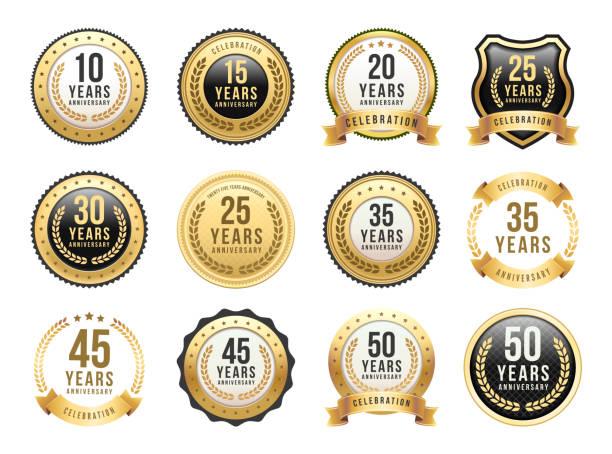 jubileuszowy zestaw złotych odznak - insygnia stock illustrations