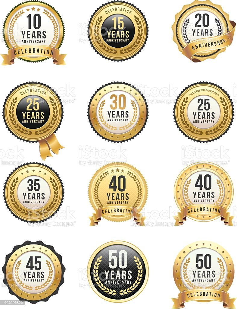 Set di Badge oro anniversario - illustrazione arte vettoriale