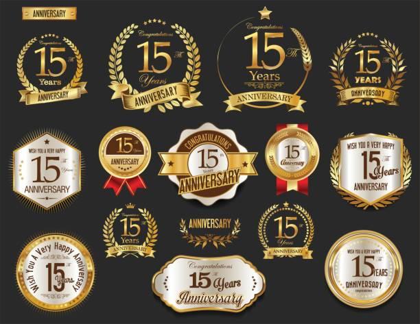 ilustrações, clipart, desenhos animados e ícones de coleção de vetores de emblemas e coroa de louros dourada de aniversário - data especial