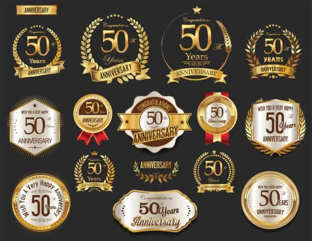 Coleção de vetores de emblemas e coroa de louros dourada de aniversário - ilustração de arte em vetor