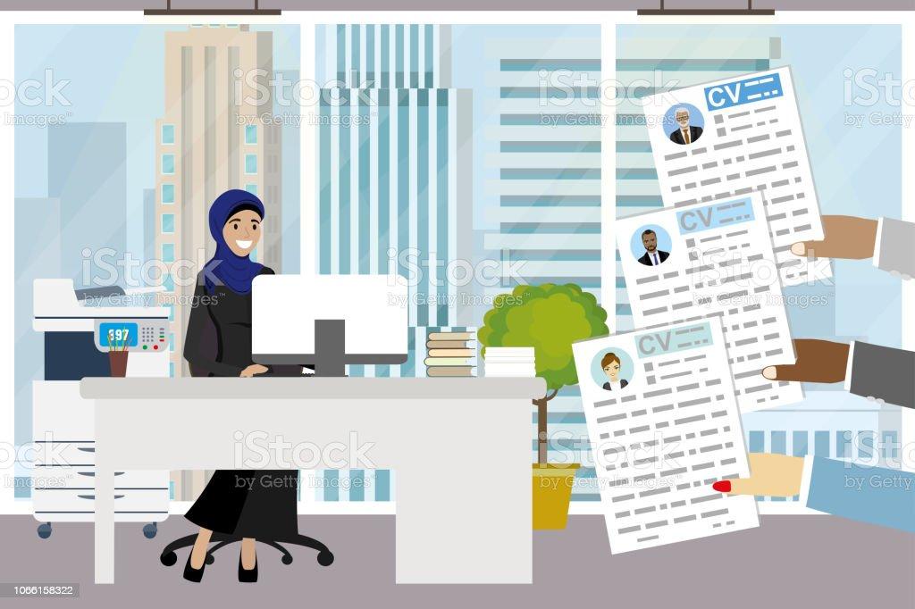 Businsswoman arabe unis dans les bureaux modernes chef de bureau