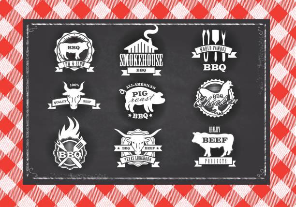 ilustrações de stock, clip art, desenhos animados e ícones de variadosstencils churrasco, carne, frango e carne de porco, etiquetas na chalkboard fundo - meat texture