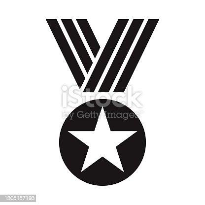 istock Award Medal Glyph Icon 1305157193