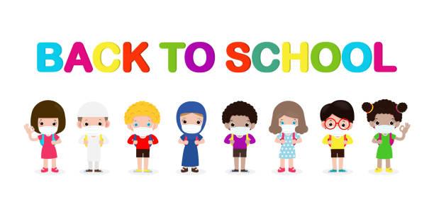 illustrations, cliparts, dessins animés et icônes de retour à l'école pour un nouveau concept de style de vie normal. groupe heureux d'enfants portant le masque de visage et la distanciation sociale protègent le coronavirus covide 19, les enfants et les amis vont à l'école isolés sur le fond - enfant masque