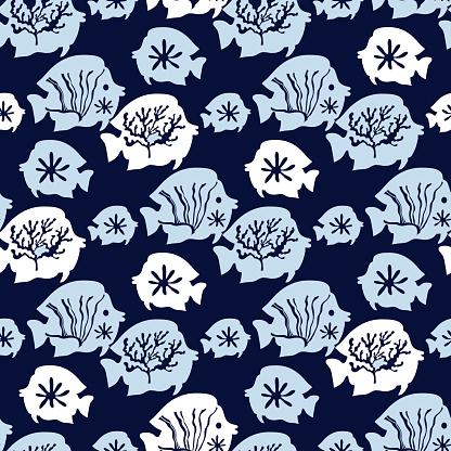 Beautiful seamless pattern with seaweeds, Sea underwater plants, ocean coral reef