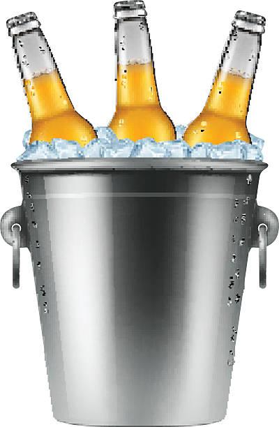 stockillustraties, clipart, cartoons en iconen met beer bottles in an ice bucket. - emmer