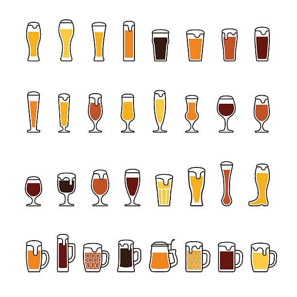 Beer in glasses and mugs with foam. Vector icon set – Vektorgrafik