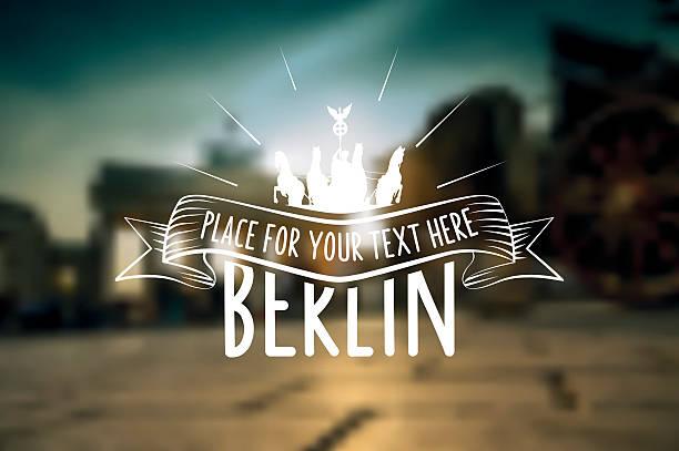 berlin vintage-zeichen auf dem hintergrund verschwommen sunset city - berlin brandenburger tor blurred stock-grafiken, -clipart, -cartoons und -symbole