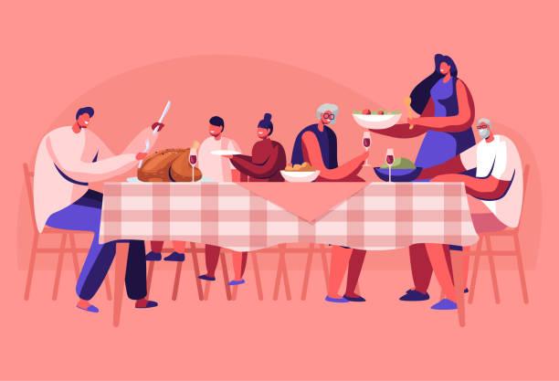 stockillustraties, clipart, cartoons en iconen met grote familie thanksgiving viering diner rond tafel met eten. gelukkige mensen eten maaltijd en praten samen, vrolijke karakters groep tijdens de feestelijke lunch. cartoon platte vector illustratie - eetklaar
