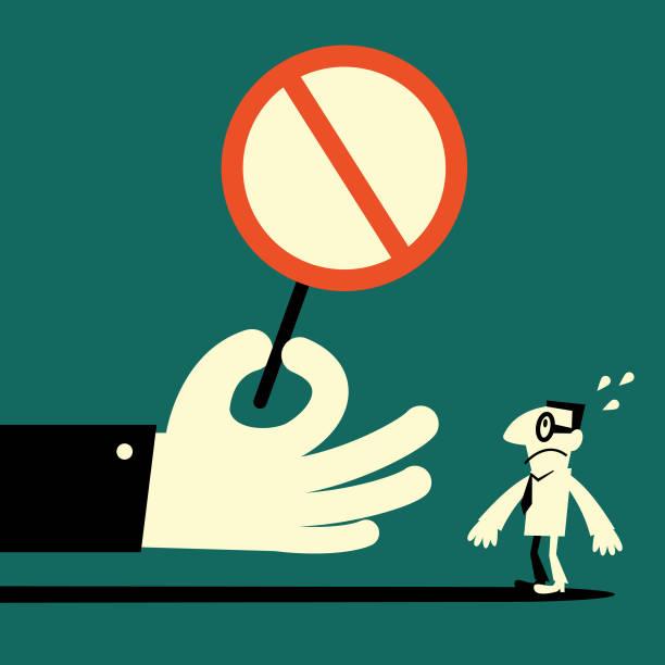 사업가를 빈 금지 기호를 표시 하는 큰 손 - prohibition stock illustrations