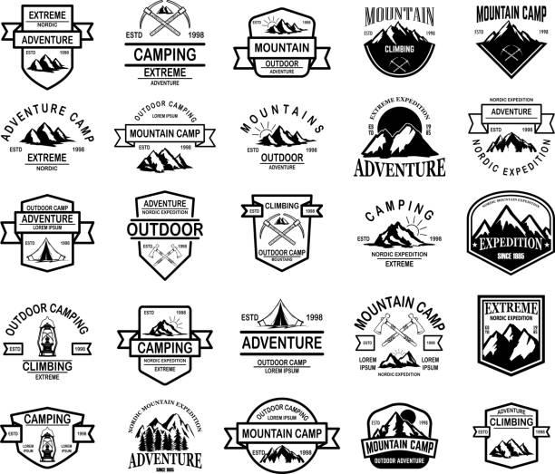 山キャンプ、屋外の冒険のエンブレムの大きなセット。紋章、記号、ラベルのデザイン要素です。ベクトル図 - キャンプ点のイラスト素材/クリップアート素材/マンガ素材/アイコン素材