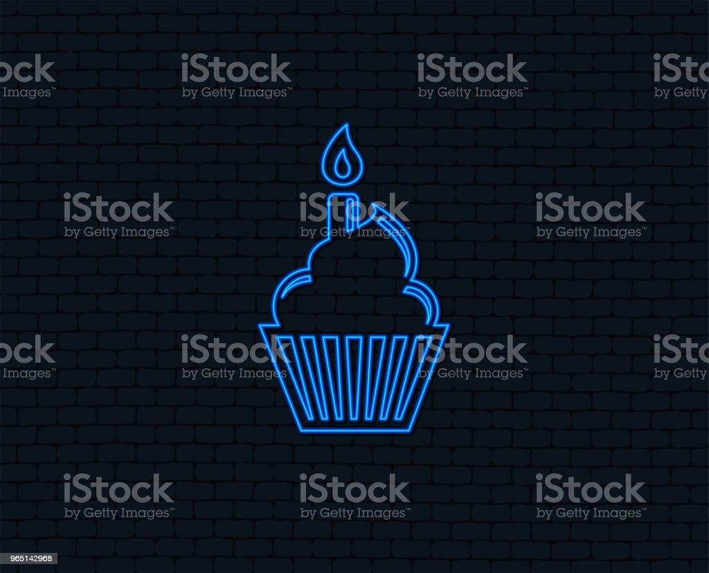 Birthday cake sign icon. Burning candle symbol. birthday cake sign icon burning candle symbol - stockowe grafiki wektorowe i więcej obrazów aplikacja mobilna royalty-free
