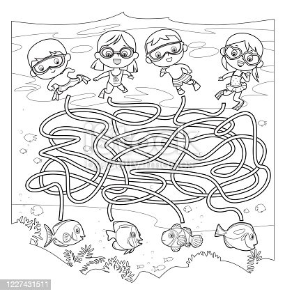 istock Black And White, Maze, Diving 1227431511