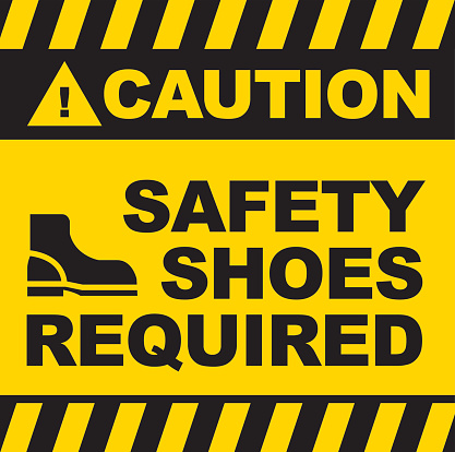 Black and yellow warning sign saying safety shoes required